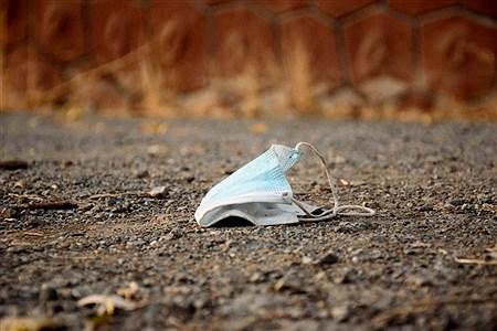 سرگردانی ماسک های آلوده  | Baran Eghbal