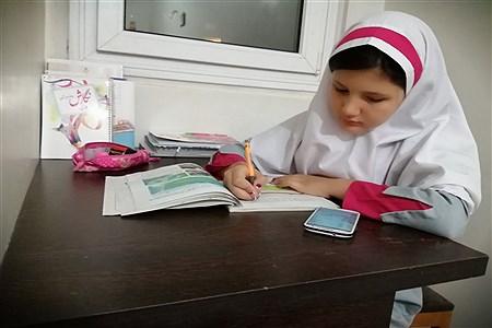 حال و هوای آموزش در خانه   Romina Shadi