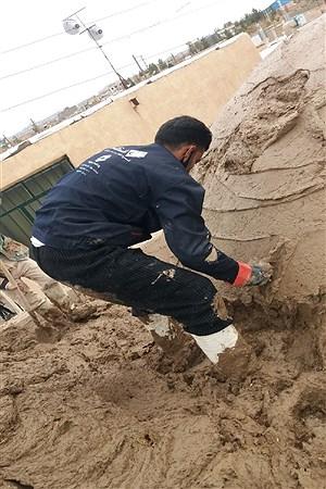 اجرای برنامه جهادی بام اندود کردن مسجد درمحله سرپرچ شهرستان خوسف | Mahdi Arasteh
