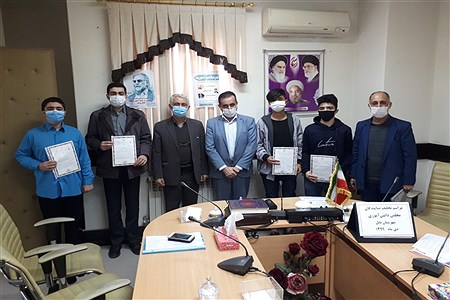 تحلیف اعضای هیئت رئیسه مجلس دانش آموزی شهرستان بابل | Pana