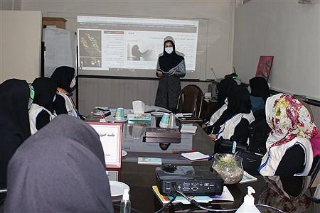 کارگاه آموزش خبرنگاری ویژه دانشآموزان دختر شهرستانهای استان تهران | SOMAYEH NIKFEKR