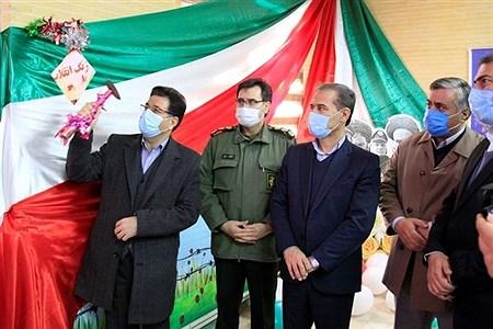 طنین گلبانگ انقلاب درمدارس استان کردستان | fatemeh