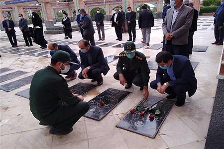 غبار روبی وگلباران مزار شهدا با حضور مدیرکل آموزش و پرورش استان خراسان شمالی   | Ali Dashti