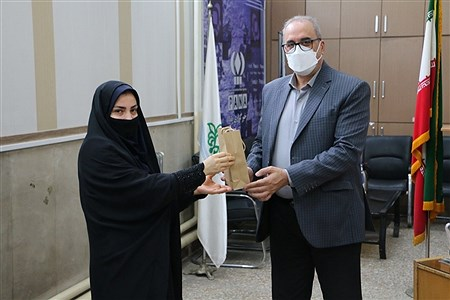 تقدیر از مسئول و کارکنان سازمان دانشآموزی ناحیه یک ری به مناسبت سالروز تاسیس سازمان دانشآموزی   AHMAD NOKHODIAN