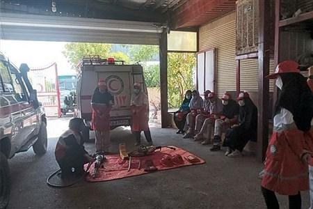 برگزاری دومین برنامه توان افزایی در پایگاه هلال احمر رباط کریم    Bahar Afrasiabi