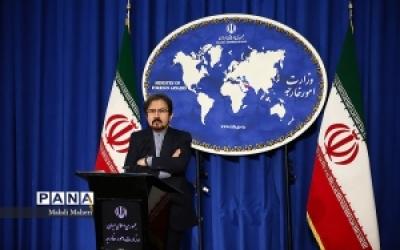 قاسمی: خطر واقعی نه موشکهای ایران بلکه رقابت اروپا و آمریکا برای فروش تسلیحات است