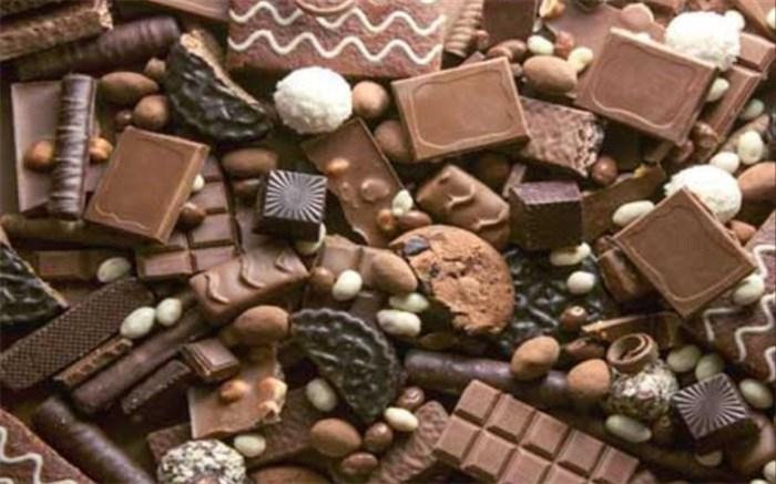 شکلات خوردن باعث آکنه می شود